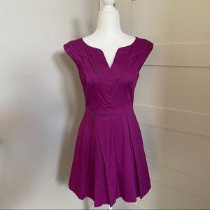 Jessica Simpson V-Neck Pleated Dress w/ Pockets